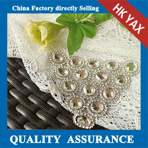 YAX-C071 hotfix rhinestone patch