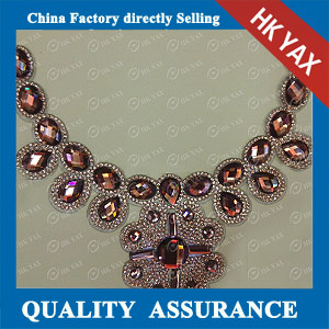 YAX-D011 Fashion Glass Stone Patches