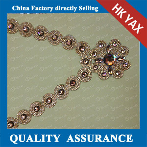 YAX-D010 Necklace Chaton Rhinestone Patches