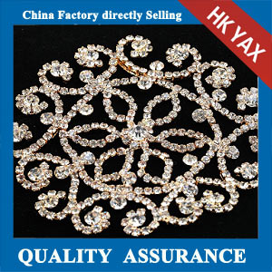 M302 shiny crystal embellishment