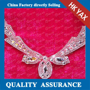 YAX-D002 Flower Collar Rhinestone Patches