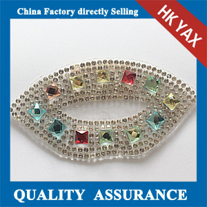 Yax-C031 Lip shape rhinestone patches